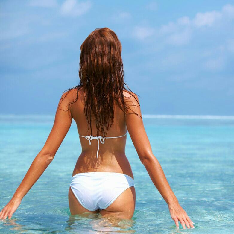 美女在海边拍的mv……听歌不如看歌系列之二