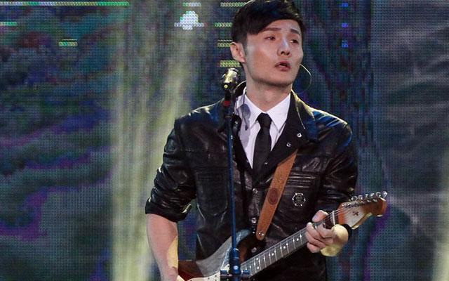 庾澄庆,蔡依林,林俊杰,s.h.e,杰森·玛耶兹等歌手出席.
