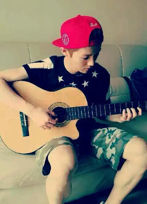 【韩语】对弹吉他的男生女生毫无抵抗力